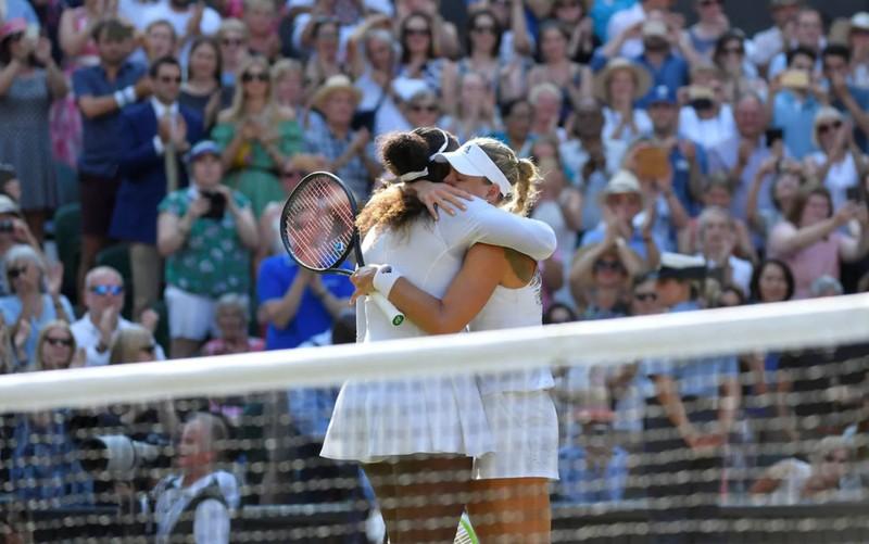 """Serena """"ghi điểm"""" dù thất bại trận chung kết Wimbledon - ảnh 1"""