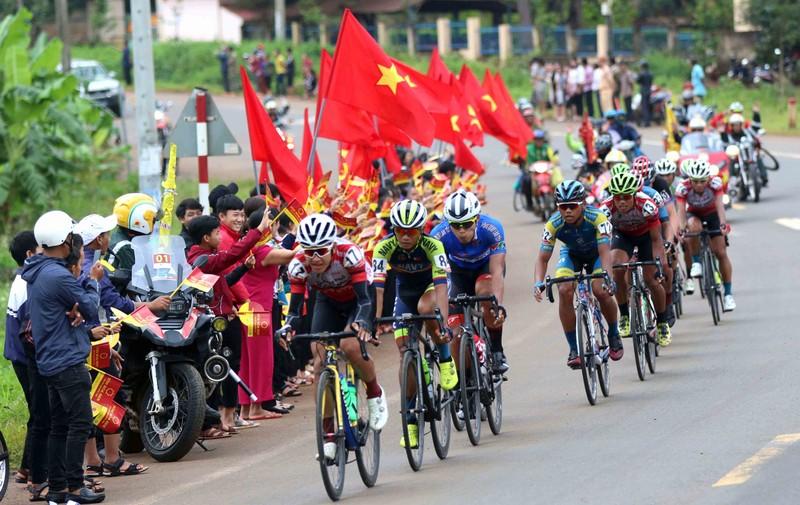 Gần nửa đội hình Lộc Trời bỏ cuộc giải VTV Cup - ảnh 2