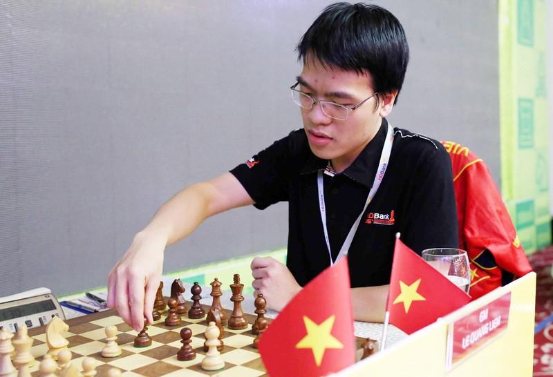 Quang Liêm thắng trận, Việt Nam duy trì mạch thắng Olympiad - ảnh 1