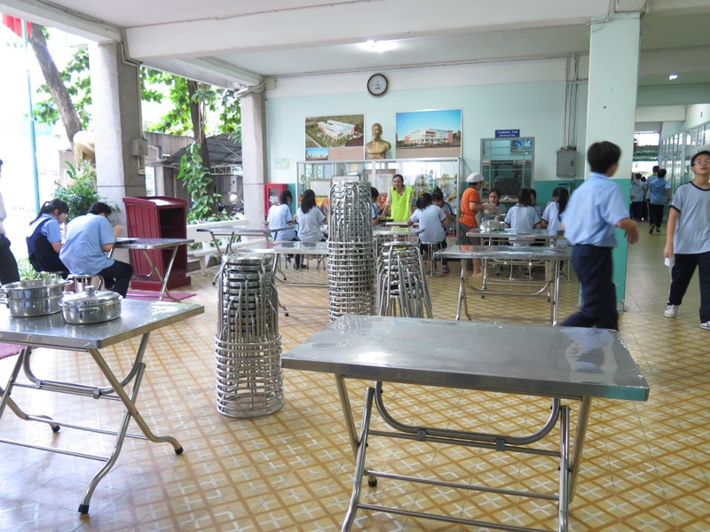 Buổi trưa khác lạ ở trường học '3 riêng' về bán trú - ảnh 5