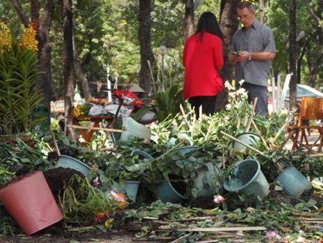 Bến Bình Đông: Hoa tươi, người héo - ảnh 2