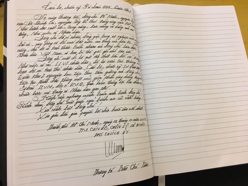 Những lời viếng giản dị trong sổ tang cố Tổng bí thư Đỗ Mười - ảnh 14