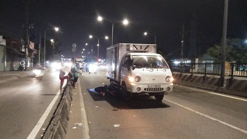 Xe máy bị kéo lê khi vào đường cấm ở quận Bình Tân - ảnh 1