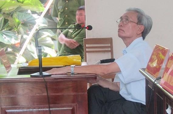 Kháng nghị giám đốc thẩm vụ Nguyễn Khắc Thủy dâm ô trẻ em - ảnh 1