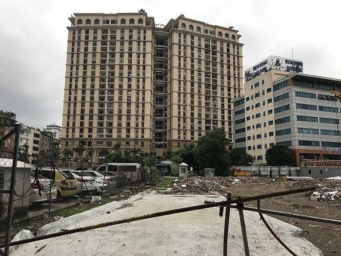 Gần 100 dự án bất động sản đang 'cầm cố' ở ngân hàng - ảnh 1