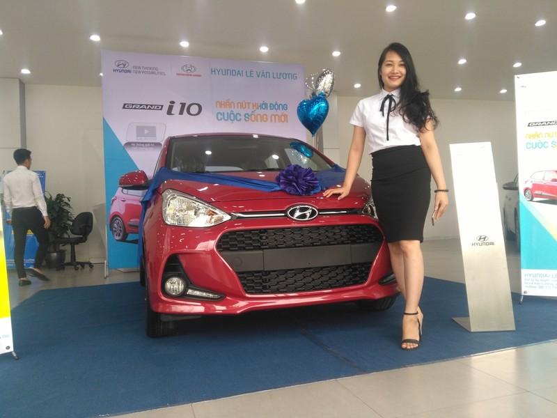 Hàng loạt mẫu ô tô mới giá 'sốc' 300 triệu đồng bán tại VN - ảnh 4