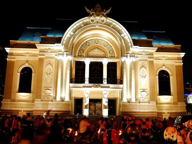 Bí thư Nhân giải đáp 6 băn khoăn về xây nhà hát ở Thủ Thiêm - ảnh 2