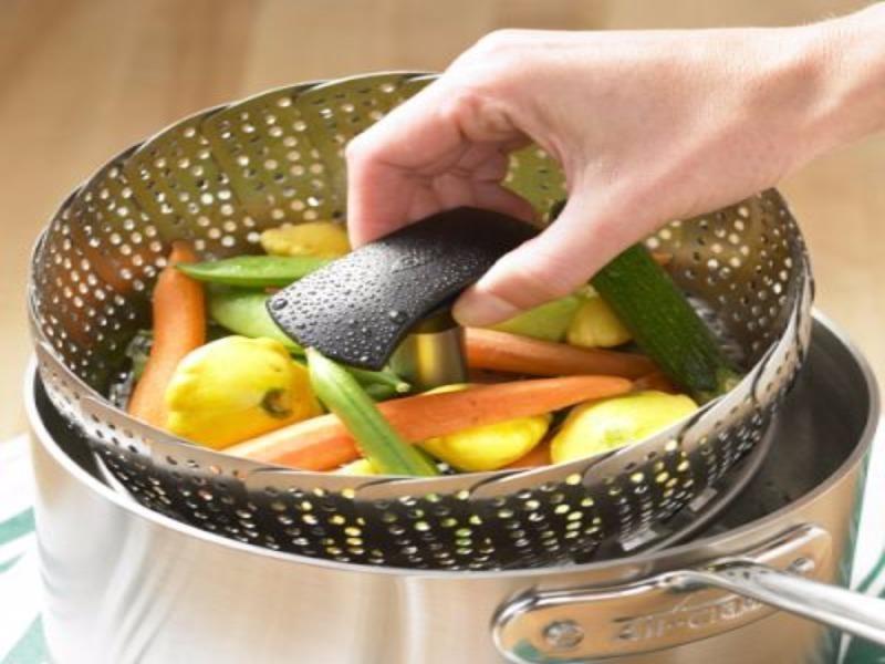 Luộc rau không phải là cách chế biến lành mạnh nhất - ảnh 1