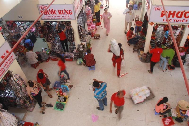 Cận cảnh chợ Bình Tây ngày chính thức hoạt động trở lại - ảnh 6