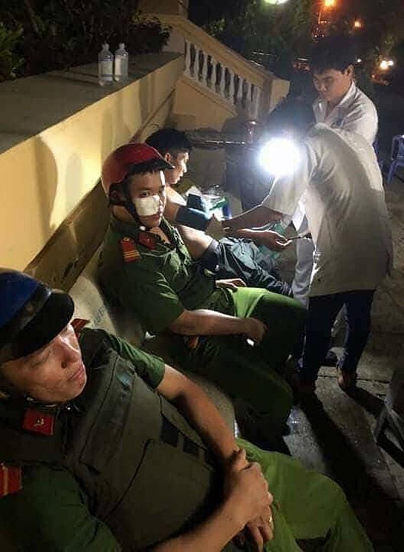 Những người ném đá, bom xăng tại Bình Thuận khai gì? - ảnh 3