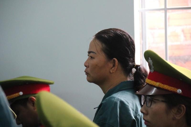 Phạt tù 7 bị cáo gây rối trước trụ sở UBND tỉnh Bình Thuận - ảnh 3
