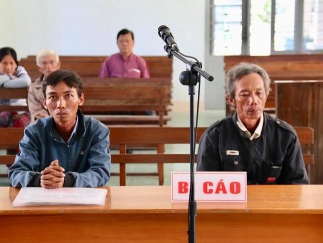 VKSND Cấp cao bác đơn 2 nông dân kêu oan tội 'nhận hô'i l.ô' - ảnh 2