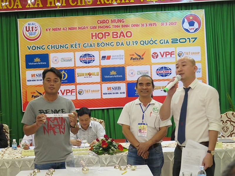 VCK U-19 quốc gia: Xuất hiện bảng 'tử thần' - ảnh 1