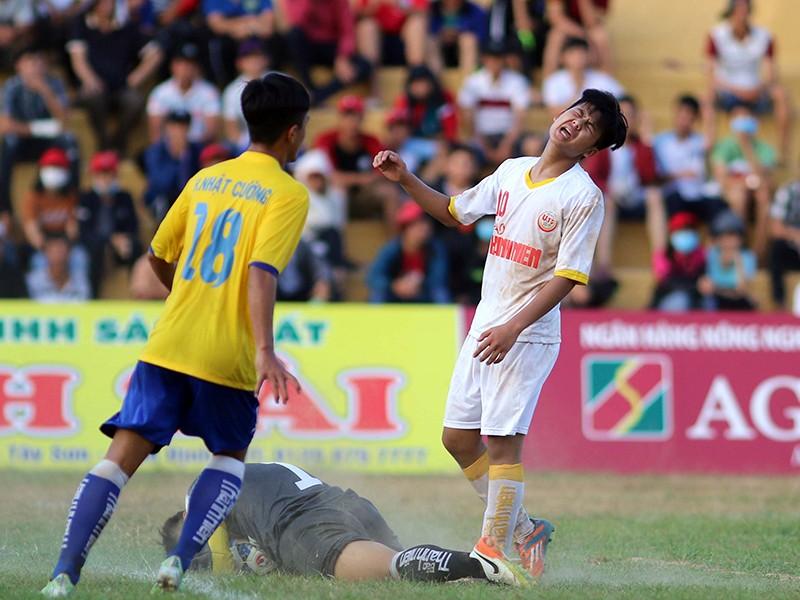 VCK U-19 quốc gia: PVF loại SL Nghệ An - ảnh 2