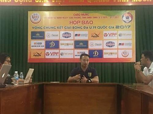 HLV Hoài Linh tin PVF sẽ thắng - ảnh 1
