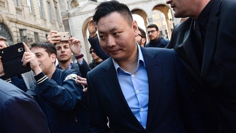 Doanh nhân Trung Quốc mua CLB AC Milan giàu cỡ nào? - ảnh 1