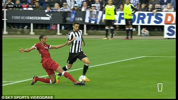 Coutinho lập siêu phẩm, Liverpool vẫn không thắng - ảnh 3