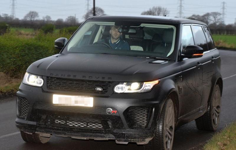 Sao MU đâm vào siêu xe 200.000 bảng Anh của đồng đội - ảnh 1