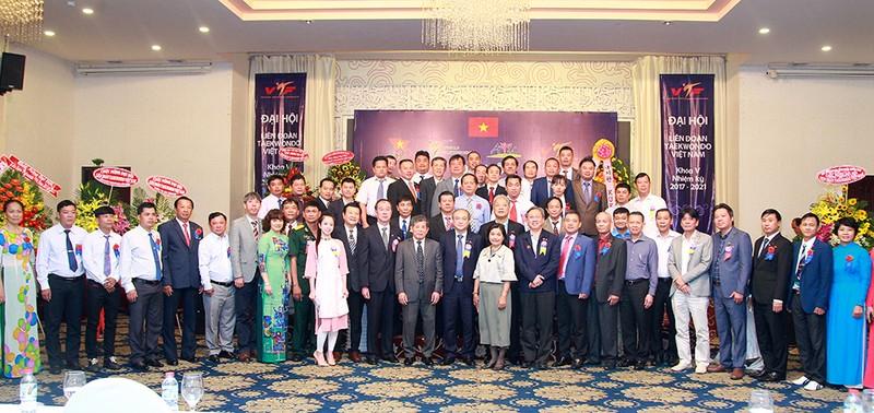 Ông Trương Ngọc Để tái đắc cử chủ tịch LĐ Taekwondo VN - ảnh 1