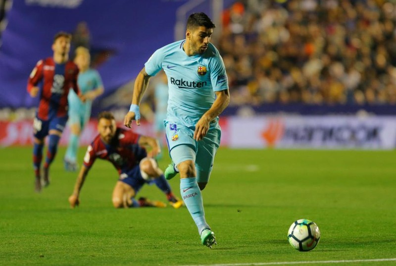 Vắng Messi, Barcelona đứt chuỗi bất bại trong trận đấu điên rồ - ảnh 3