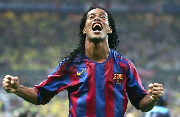 Sốc: Ronaldinho công khai kết hôn với 2 phụ nữ cùng lúc - ảnh 4