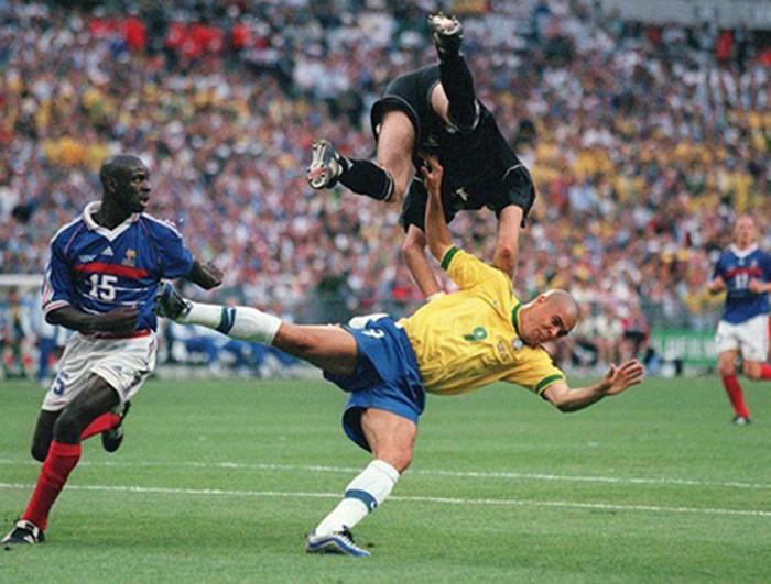 Ký ức World Cup: Bí ẩn vụ động kinh trước trận chung kết - ảnh 2