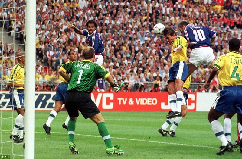 Ký ức World Cup: Bí ẩn vụ động kinh trước trận chung kết - ảnh 4