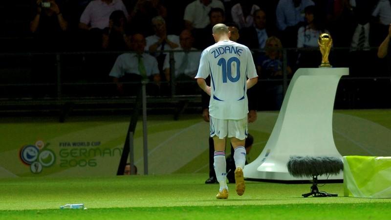 Ký ức World Cup: Cú 'thiết đầu công' vỡ tan giấc mộng vàng - ảnh 9