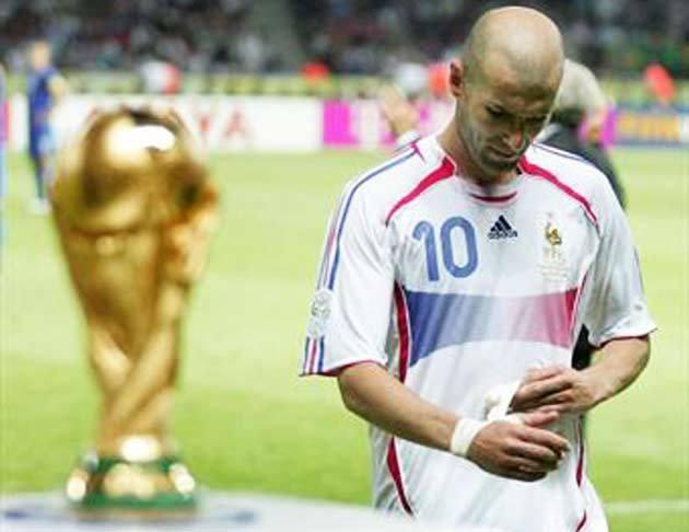 Ký ức World Cup: Cú 'thiết đầu công' vỡ tan giấc mộng vàng - ảnh 7