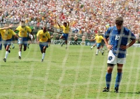 Ký ức World Cup: Bi kịch bất công của đuôi ngựa 'thần thánh' - ảnh 5