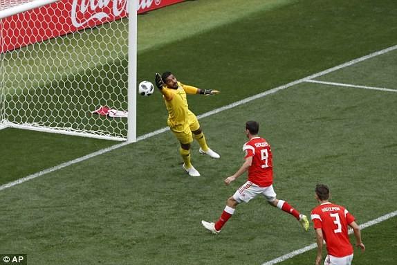 Nga 1-0 Saudi Arabia:Chủ nhà ghi bàn thắng đầu tiên World Cup  - ảnh 4