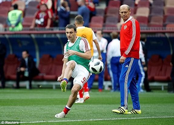 Nga 1-0 Saudi Arabia:Chủ nhà ghi bàn thắng đầu tiên World Cup  - ảnh 13