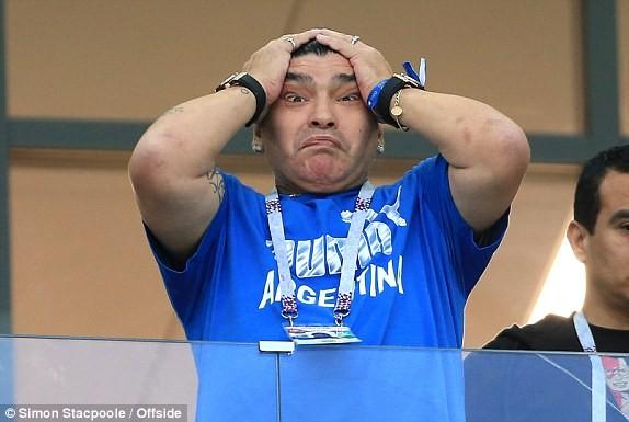Thủ môn sai lầm, Messi vô hại, Argentina gặp ác mộng khó ngờ - ảnh 9