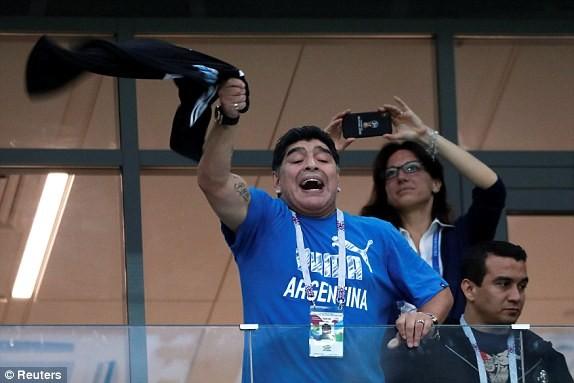 Thủ môn sai lầm, Messi vô hại, Argentina gặp ác mộng khó ngờ - ảnh 4