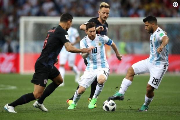 Thủ môn sai lầm, Messi vô hại, Argentina gặp ác mộng khó ngờ - ảnh 5