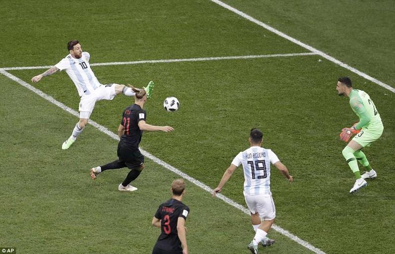 Nhìn lại diễn biến trận Argentina thua thảm Croatia 0-3 - ảnh 10