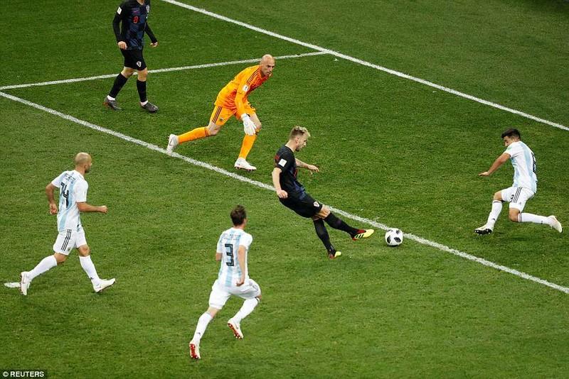 Nhìn lại diễn biến trận Argentina thua thảm Croatia 0-3 - ảnh 28