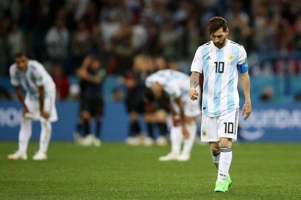 Ronaldo vẫn còn đá World Cup, Messi thì không - ảnh 4