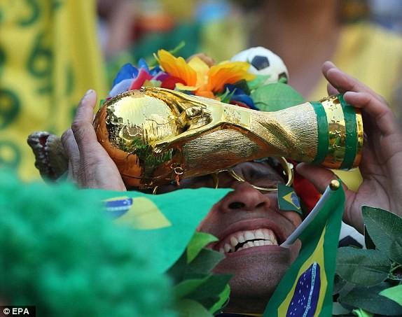 Bỉ gây sốc, loại ứng viên số 1 Brazil khỏi World Cup 2018 - ảnh 9