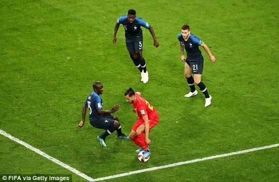 Trung vệ hóa người hùng, Pháp loại Bỉ vào chung kết World Cup - ảnh 8