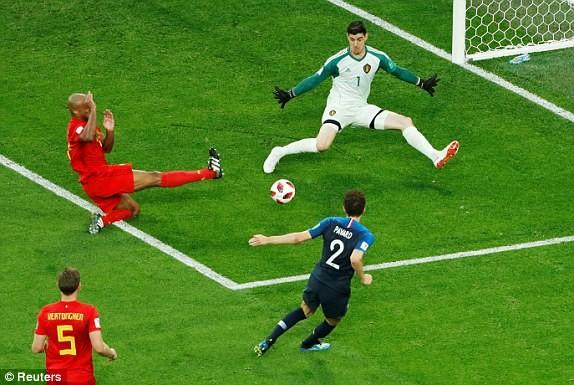 Trung vệ hóa người hùng, Pháp loại Bỉ vào chung kết World Cup - ảnh 5