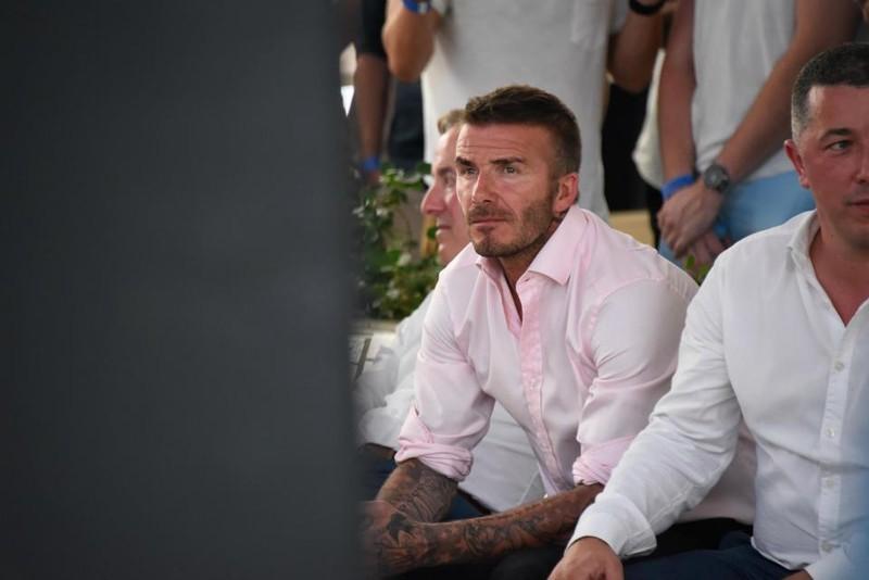 Thua cay đắng Croatia, fan Anh đau đớn bật khóc nức nở - ảnh 21