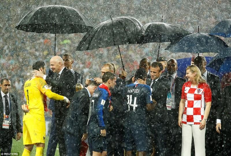 Ông Putin và chuyện hy hữu thời khắc Pháp đăng quang World Cup - ảnh 14