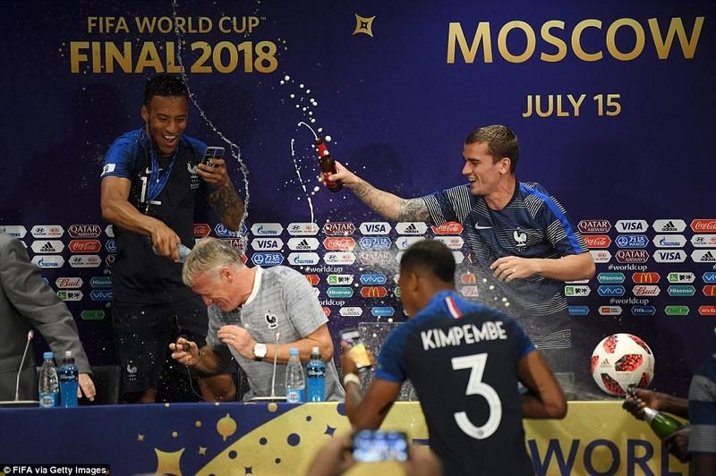 Ông Putin và chuyện hy hữu thời khắc Pháp đăng quang World Cup - ảnh 20
