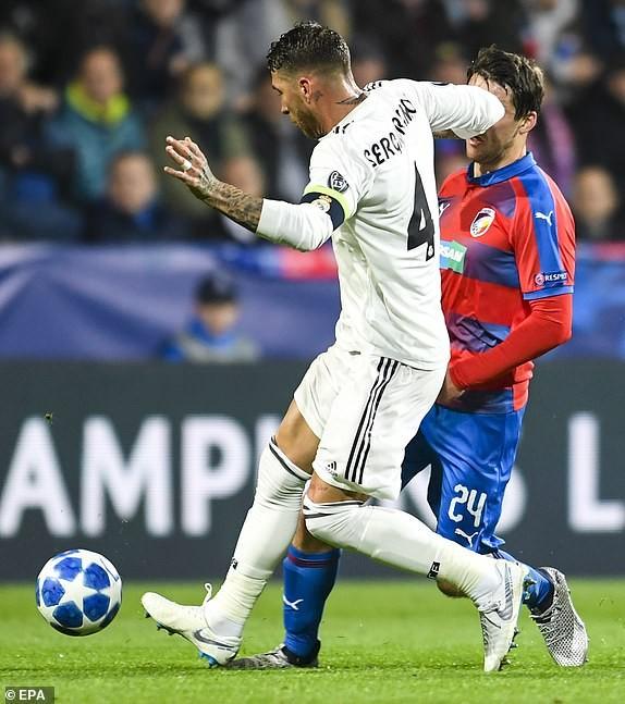 MU ngoạn mục đánh bại Juventus, Real Madrid thắng 'hủy diệt' - ảnh 1