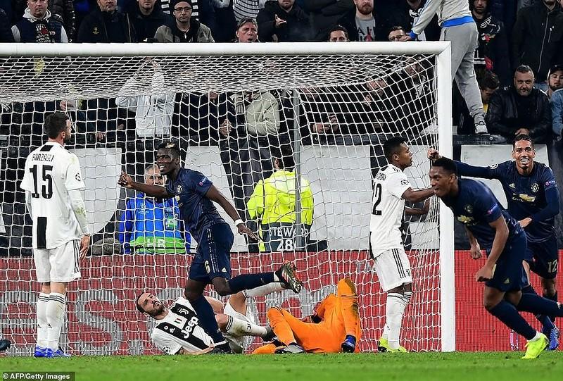 MU ngoạn mục đánh bại Juventus, Real Madrid thắng 'hủy diệt' - ảnh 4