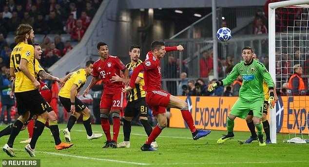 Bayern Munich thắng dễ, Man. City lại 'chơi tennis' - ảnh 1