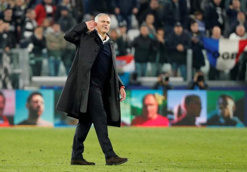 MU ngược dòng ngoạn mục,Mourinho lí giải màn ăn mừng quá khích - ảnh 2