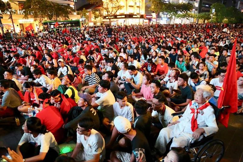 Đánh bại Philippines, Việt Nam mở toang cửa chung kết AFF Cup - ảnh 13