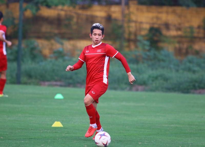 Vị khách đặc biệt trong buổi tập của đội tuyển Việt Nam - ảnh 19